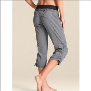 Athleta Allegro Athletic Capri Pants